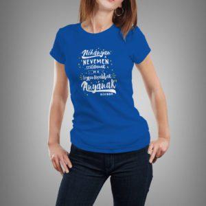kék a legfontosabbak anyának hívnak mintás póló