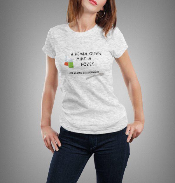 világosszürke a kémia olyan mint mintás női póló