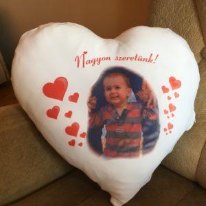 Szív alakú párna saját fotóval